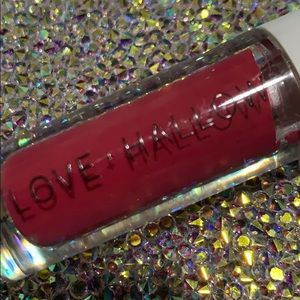 5/$25 LOVE & HALLOW spicy gloss